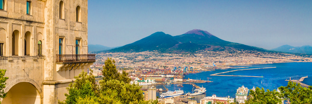 Boat tours from Naples