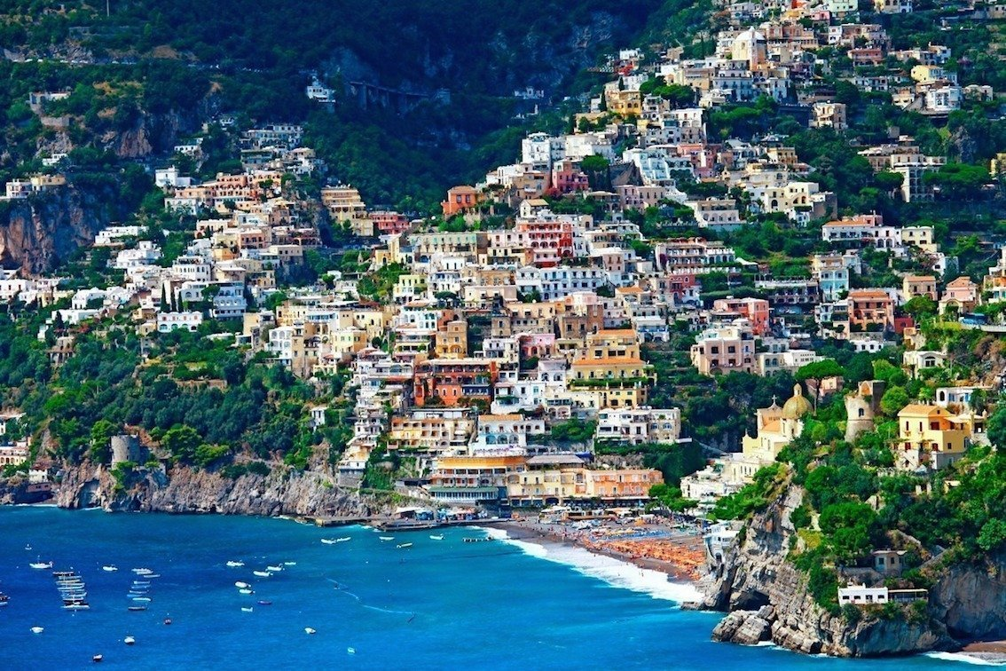 Sorrento coast and amalfi coast boat tour from naples for Best travel italy