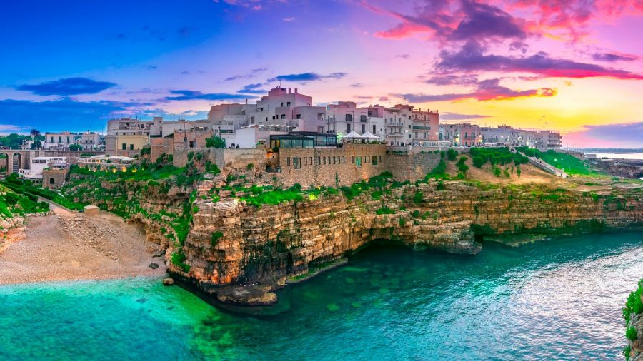 Tour in barca alla scoperta di Polignano a Mare e le sue grotte